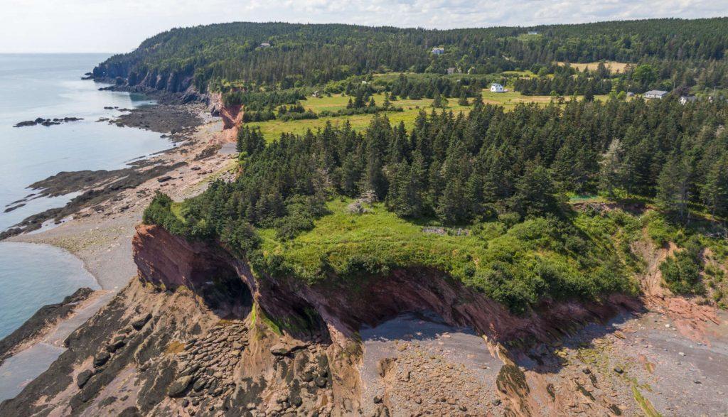 grottes marines, falaises, plages, West Quaco